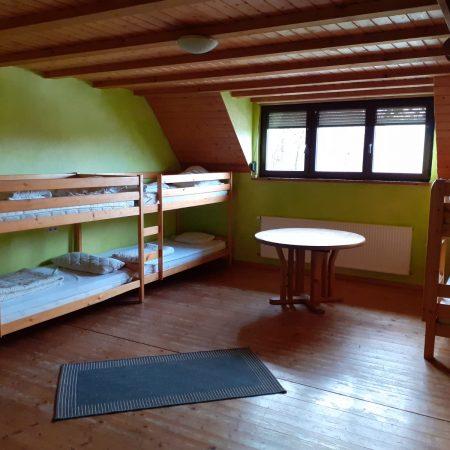 Ponyhof_Eberhart_Ebersbach_Unsere_Unterkunft_Grün